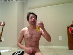 toilet slave drinking pidd and eat cum