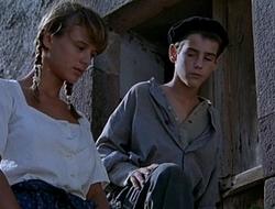 Ana Torrent, Elisabeth Ruiz &amp_ Emma Suarez - Vacas I (1992)